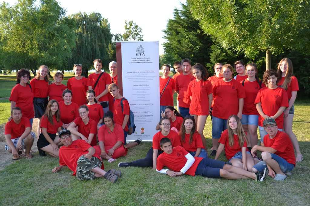 Diák-önkéntes és közösségi szolgálati program Balatonmáriafürdőn